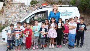 Halk Sütün ilk dağıtımını Başkan yaptı