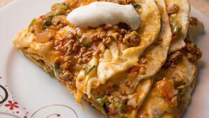Hafta sonu kahvaltılarınızı şenlendirecek birbirinden leziz börek tarifleri...