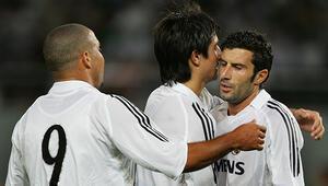 Luis Figo, Ronaldo'yu affetti!