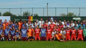 Türk-Alman Dostluk Günü Futbol Turnuvası başladı Deniz Barış, Tanju Çolak...