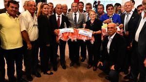 İzmirde muhtarlara ücretsiz ulaşım müjdesi