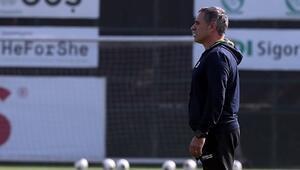 Fenerbahçenin Denizli kafilesi açıklandı Kruse ve Dirar yok...