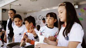 Bilim-Sanat TIR'ı çocuklarla buluşuyor