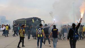 Fenerbahçeye Denizlide coşkulu karşılama