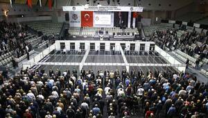 Beşiktaşta oy verme işlemi sürüyor...