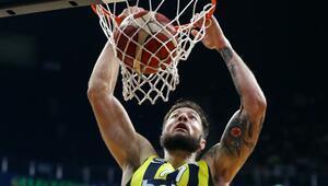 Lauvergne 13 sayıyla döndü, Fenerbahçe Beko rahat kazandı