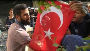 HDPli vekillerin de katıldığı basın açıklamasına Türk bayraklı tepki