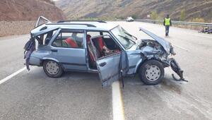 Malatyada otomobil bariyerlere çarptı: 7 yaralı