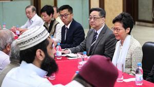 Hong Kongda yöneticilerden camiye TOMA özrü