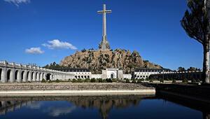 İspanyada Franconun mezar yeri perşembe günü değiştiriliyor