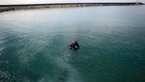 Van Gölünün derinliklerindeki gizemi araştırıyor