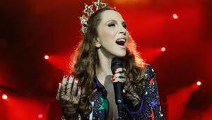Her konsere 100 fidan