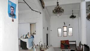 PKK/YPG, Tel Abyaddaki kiliseyi karargah olarak kullanmış