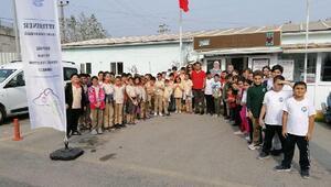Öğrenciler Sokak Hayvanları Rehabilitasyon Merkezi'ni gezdi