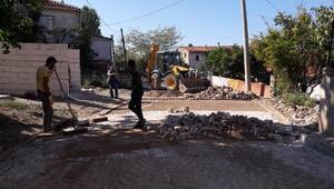 Yalova'da yollara ve kaldırımlara bakım onarım yapılıyor