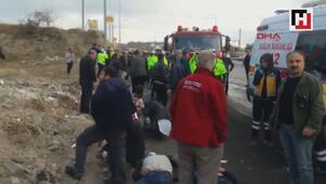 Kayseride işçileri taşıyan midibüs devrildi