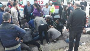 Kayseri'de işçi servisi takla attı, çok sayıda yaralı var