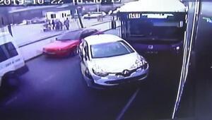Esenyurtta 2 otobüsün de karıştığı zincirleme kaza kamerada