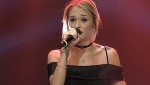 Şarkıcı Alya kimdir