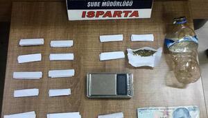 Ispartada uyuşturucu operasyonlarında 5 tutuklama