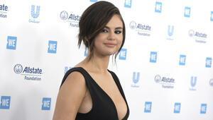 Selena Gomezden iPhone 11 Pro ile çekilen 2 video klip