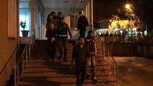 FETÖnün sözde imamlarına operasyon: 3 tutuklama