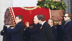 Diktatör Franco anıtmezardan taşındı