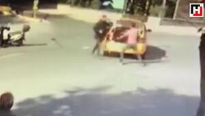 Taksici ile motosikletlinin sopalı yol kavgası