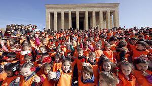 540 çocuk Anıtkabir'i ziyaret etti