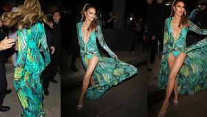 Jennifer Lopez kılığına girdi: Benim neyim eksik
