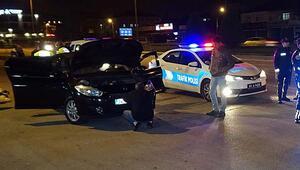 Sahte plakalı otomobilin sürücüsü gözaltında