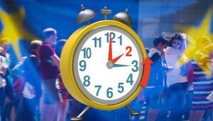 Saatler geriye alındı mı Kış saati uygulamasına geçilecek mi