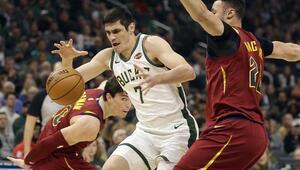 NBAdeki Türk derbisinde kazanan Ersan İlyasova ve Bucks oldu
