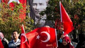 Vatan Caddesinde 29 Ekim Cumhuriyet Bayramı töreni