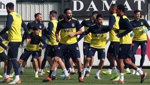 Fenerbahçe, Tarsus İdman Yurdu hazırlıklarını tamamladı