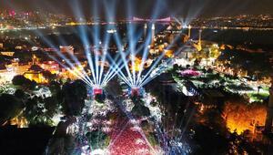 Sultanahmet'te renkli kutlama