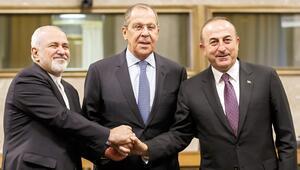 Çözüm için kritik gün: Suriye Anayasa Komitesi toplanıyor