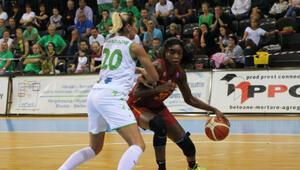 Galatasaray Kadın Basketbol Takımı, Polonya deplasmanında