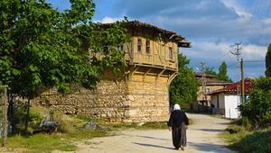 Bilecikin Yörük köyündeki eski evler turizme kazandırılacak