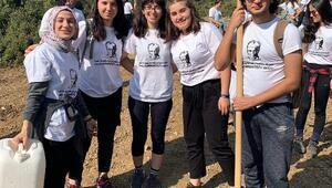 Bucalı öğrencilerden 29 Ekim Doğa Yürüyüşü