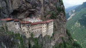 Sümela Manastırını 4 ayda 220 bin kişi ziyaret etti