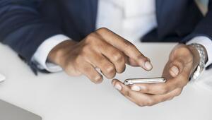 Dün UYARSİS BTK adıyla telefonlara mesaj olarak gelmişti Bakan Yardımcısı Sayan açıklama yaptı