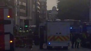Londra'nın ünlü caddesinde 'kimyasal sızıntı' alarmı