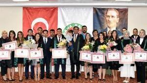Adana Barosu'nda ruhsat mutluluğu