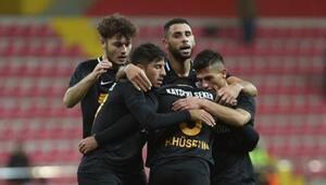 Kayserispor kupada turladı, Fenerbahçe maçına kayıp verdi...