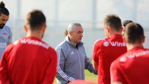 Sivasspor, Denizlispor maçına hazır Kampa girdi...