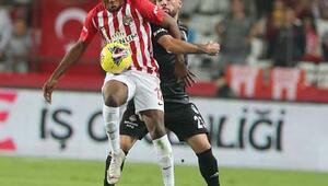 Antalyaspor - Beşiktaş maçından kareler...