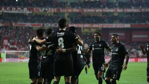 Beşiktaş, karabulutları dağıttı