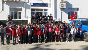 Minik öğrencilerden Mehmetçik'e mektup desteği