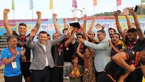 Plaj futbolunda şampiyon Alanya